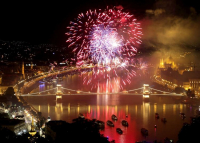 A rendezvényeket és a tűzijátékot érintő szabályokról mai ülésén tárgyal a kormány