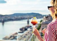 Bárt nyit a tetőn a Budapest Marriott Hotel