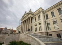 Vadonatúj kiállításokkal nyílik a megújult Móra Múzeum