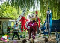 Júniusban újra Bondoró – Még színesebb programokkal vár az utcafesztivál Kapolcson