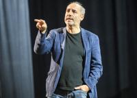 Rudolf Péterék hosszú távon terveznek az online közvetítéssel