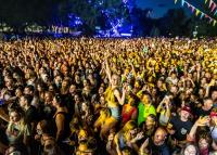87 ezren buliztak Debrecenben