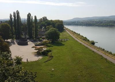 Ökoturisztikai látogatócentrum épül Karván
